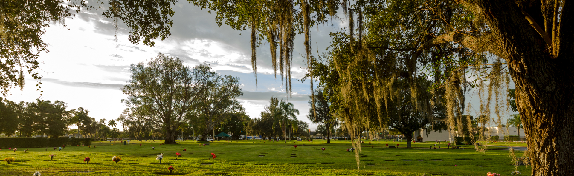 Fort Myers Memorial Gardens, Crematory and Funeral Home