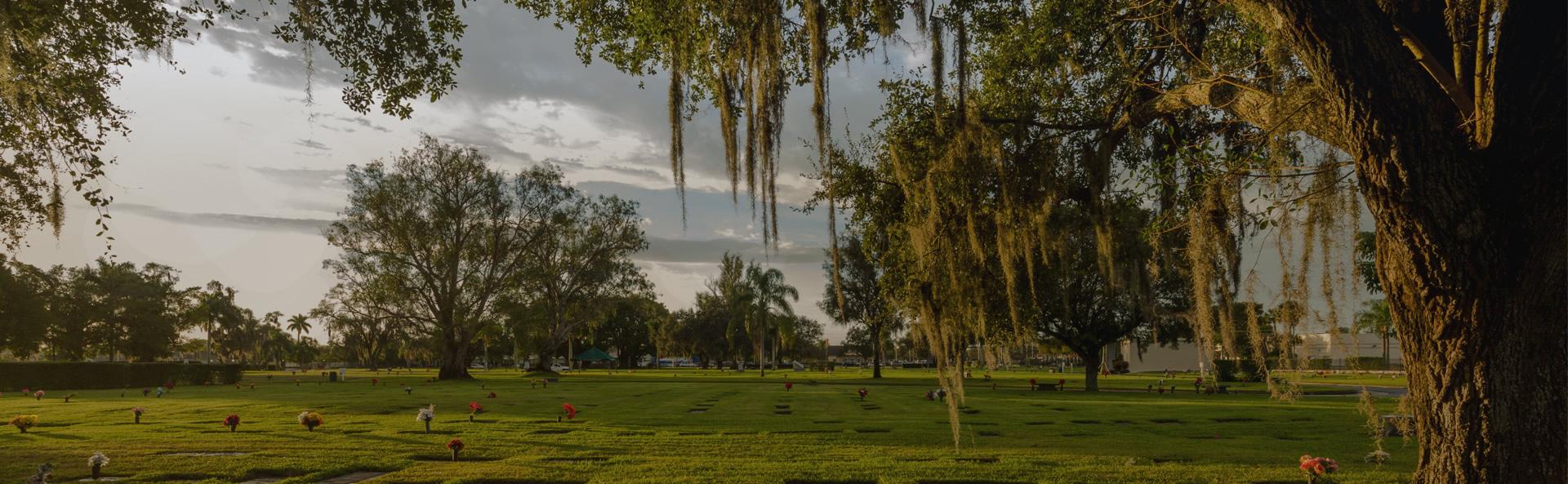Ft Myers Memorial Gardens MarkJohnsonPhotog 140110 1248 - Valley Memorial Gardens Cemetery Mission Texas